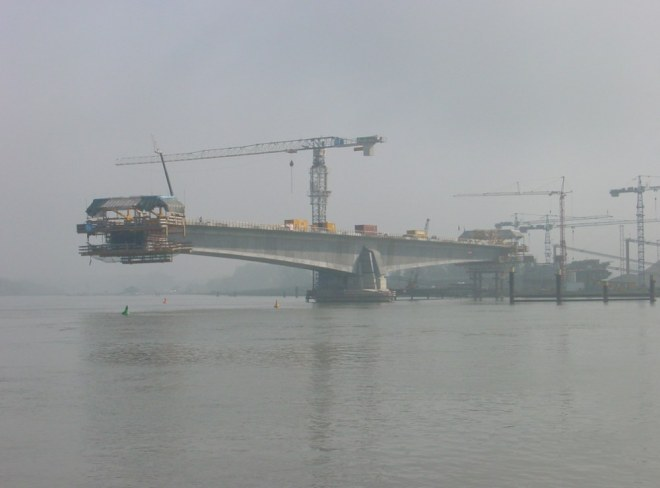 Construction of the segmental Pierre Pflimlin Bridge over the Rhine in 2001. The bridge was opened in 2002.